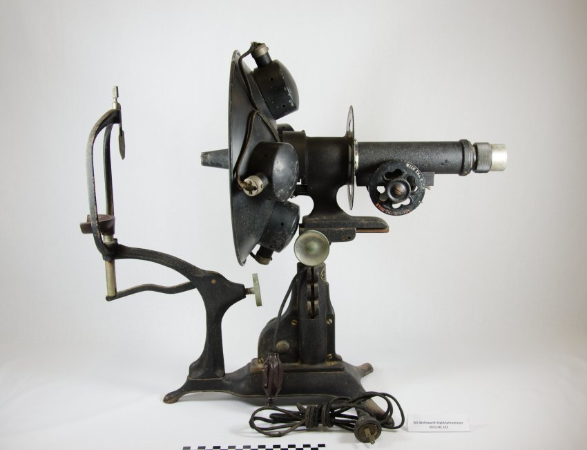 American Optical Wellsworth Bowl Ophthalmometer (Keratometer)-1